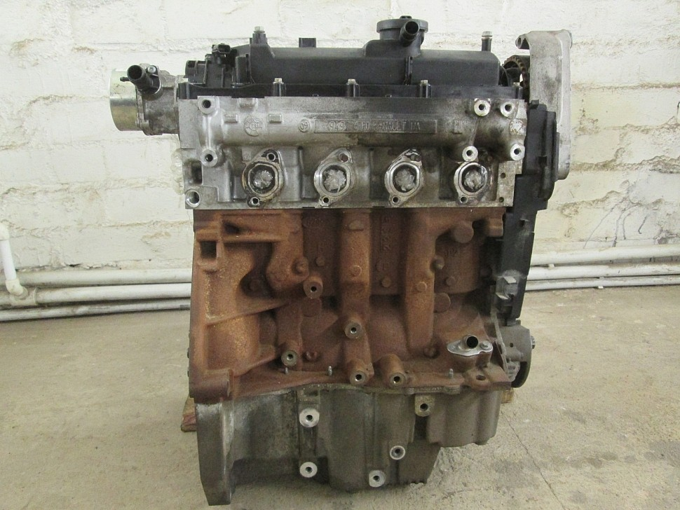 Двигатель К9К вид сбоку