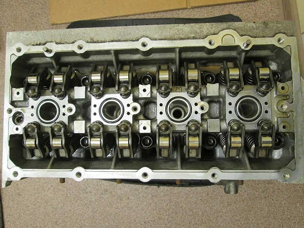 двигатель CGGB 12 тыс км пробега без клапанной крышки